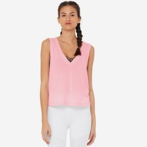 NWT Alo Yoga Vibration Crop Tank In Flamingo Pink